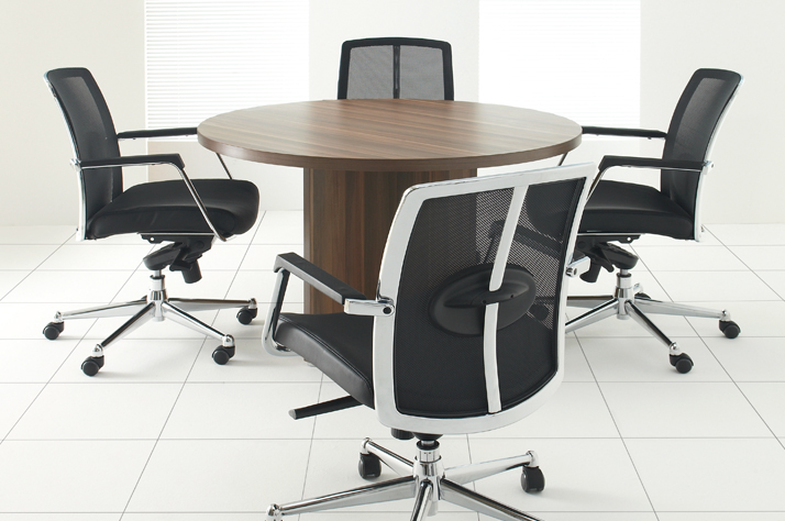 How to Select Executive Furniture for Offices