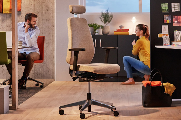 Benefits of Ergonomically Designed Business Chairs