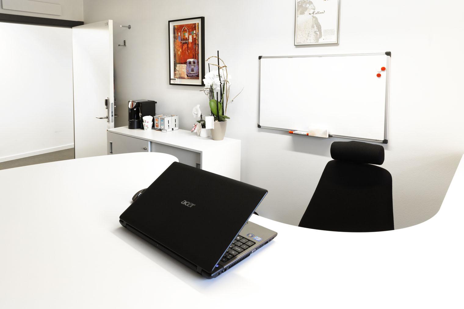Funksjonelt kontor på 13 kvadrat