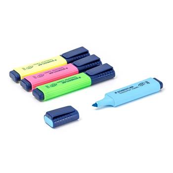 Highlighters: Staedtler ®: 4-pack