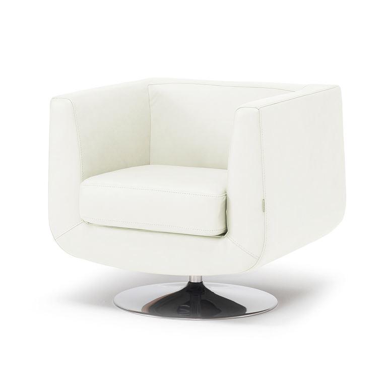 Wygodny fotel obrotowy tapicerowany skórą w kolorze białym