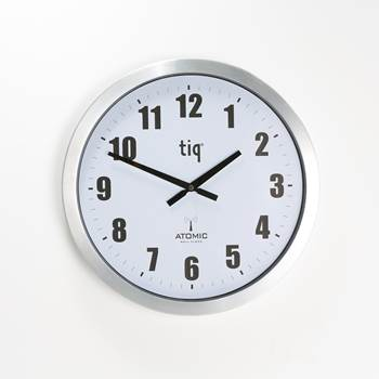 Wall clock ø 400, radiocontrolled (GMT +1)