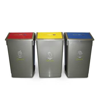 Recycling centre: 3 x 54L bins
