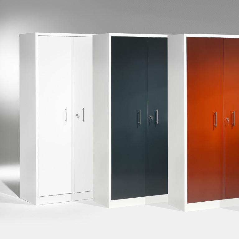 Kontorskap med rette dører