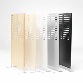 Wooden screen: line