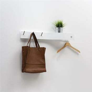 Coat rack with hanging rail