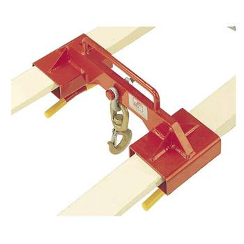 Fork lift adaptor beam with hook