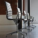 """Blade"" conference chair: leatherette"