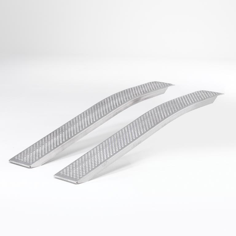 Curved access ramp: L2000mm
