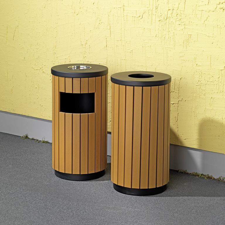 Classic outdoor waste bin