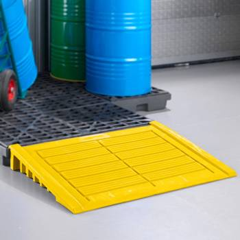 Access ramp for plastic spill deck