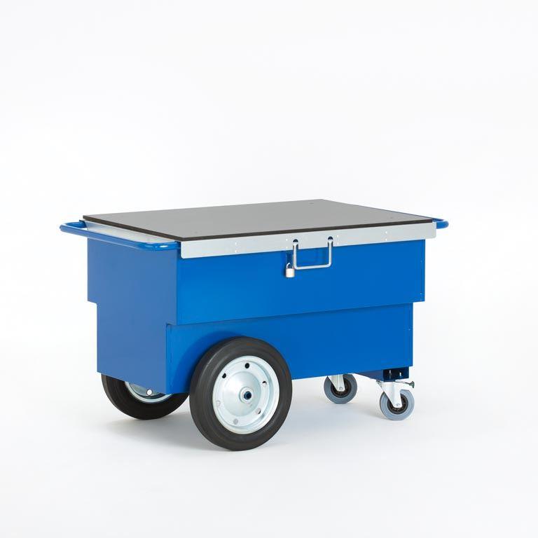 Verktøyvogn med lokk