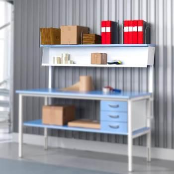 Rear shelf assembly