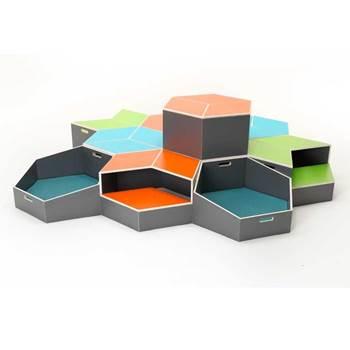 Hexagonal step module